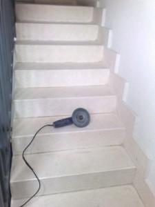 despues de pulido de escalera de terrazo