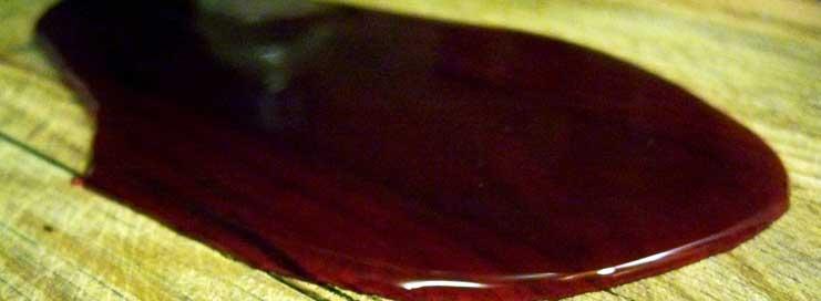Como limpiar manchas de sangre en suelos y textiles