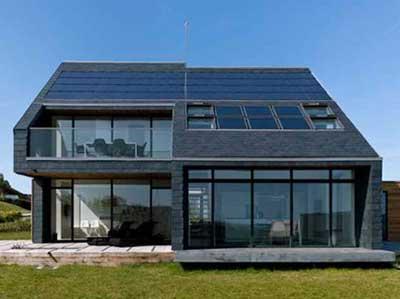 Limpieza de placas solares en viviendas y edificios