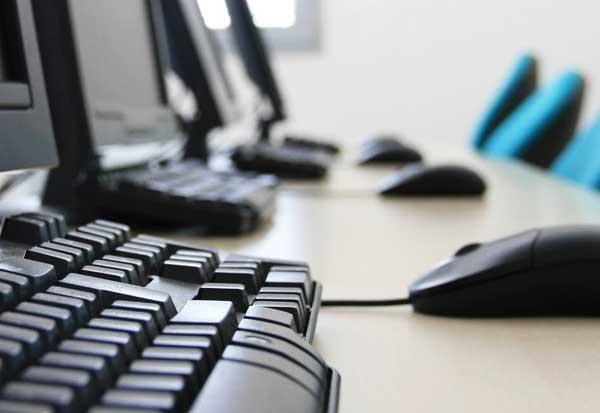limpieza de equipos informaticos de oficinas
