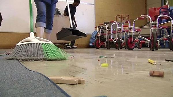 limpieza-suelo-guarderia