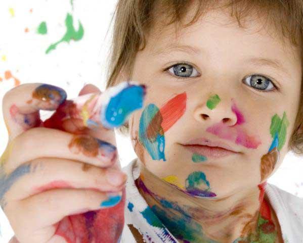 Eliminar manchas de rotulador en la ropa de los niños