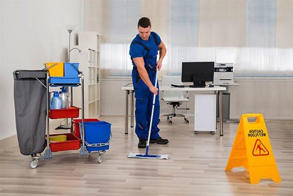 Como una mala limpieza de su oficina puede pasar factura for Limpieza oficinas