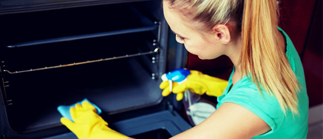 Como limpiar el horno de 4 maneras muy sencillas y económicas