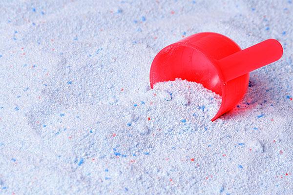 limpiar plata con detergente