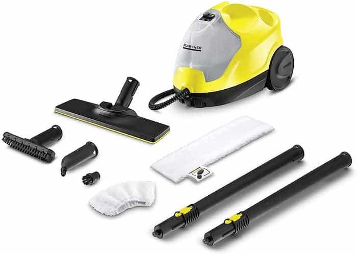 La limpieza de la casa con vaporeta