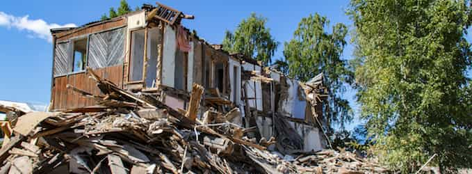 Cómo hacer la limpieza de parcelas de escombros y residuos