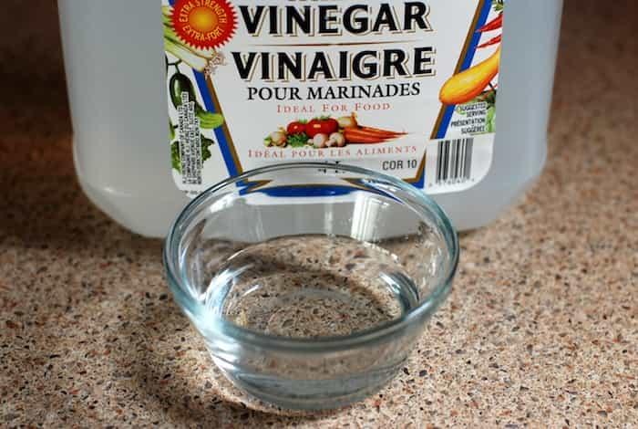 Vinagre blanco usado para la limpieza