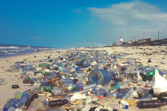 Contaminación del mar por no reciclar