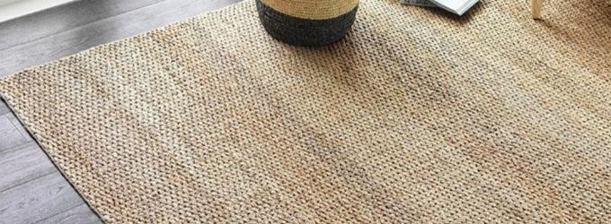 Cómo limpiar una alfombra de yute